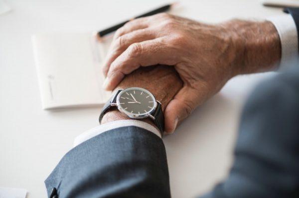 ミーティングが長い!会議や打ち合わせ中の無駄な時間を無くす5つの方法