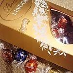 バレンタインチョコはコストコで買える!ゴディバとリンツを食べ比べ