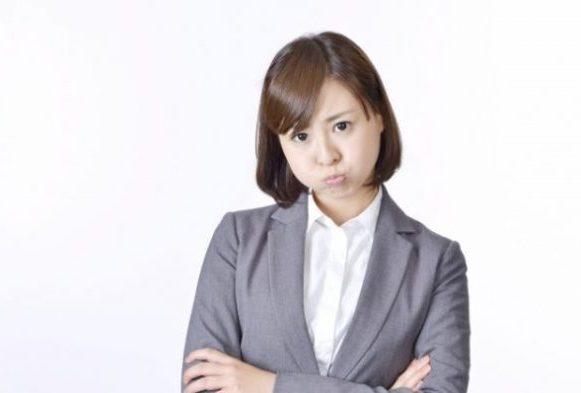 イライラしている人の無意識行動あるある10連発!ストレスを溜めない接し方