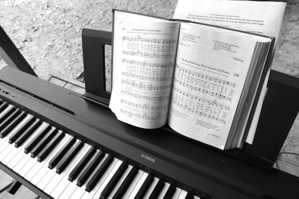 生ピアノと電子ピアノの違い