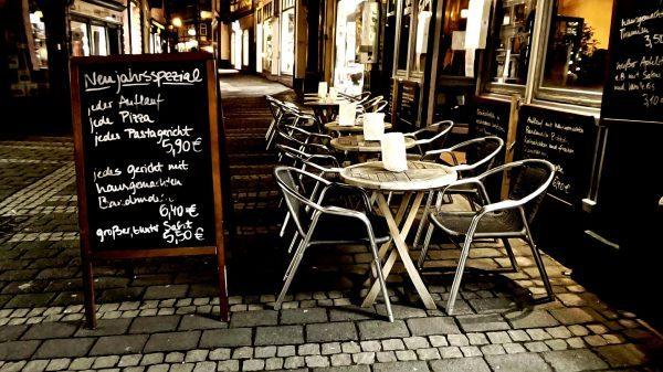 アフター5のカフェでの過ごし方!全国展開チェーン店の営業時間一覧