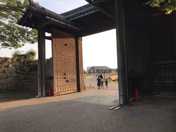 姫路駅から姫路城まで徒歩で行く方法18