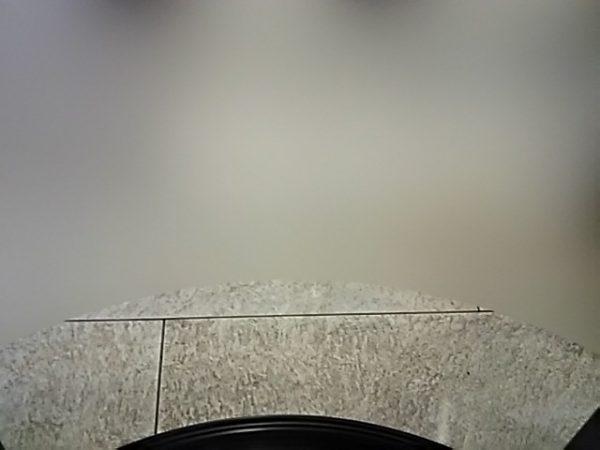 「ステーションブース」室内から見た様子 下部