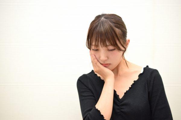 「ため息」ばかりつく人の5つの心理