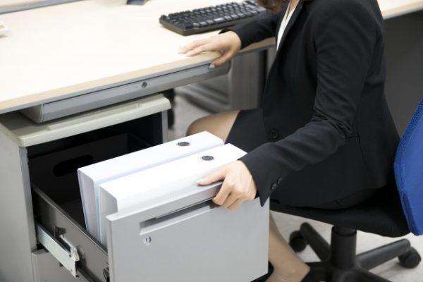 職場のデスクからわかる性格の特徴!仕事がデキる人の机は綺麗?