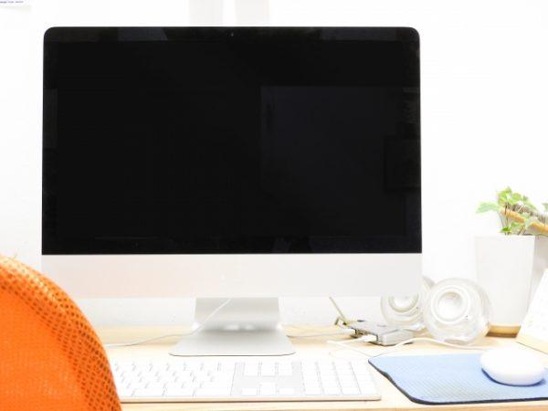仕事が出来る人の机は本当にキレイ?
