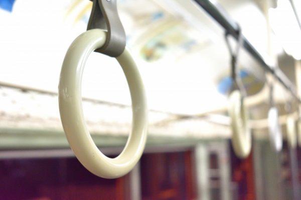 電車内で「言いがかりをつけられた時の対処法」6ステップ