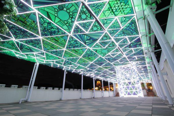 「史上最光の冬ラグーナ」光のテラス