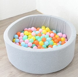 ベビーグッズファクトリー ボールプール