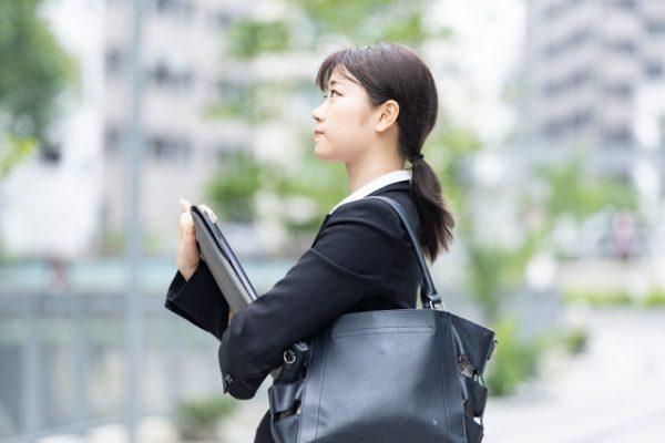 仕事を休みがちな新人 対処法