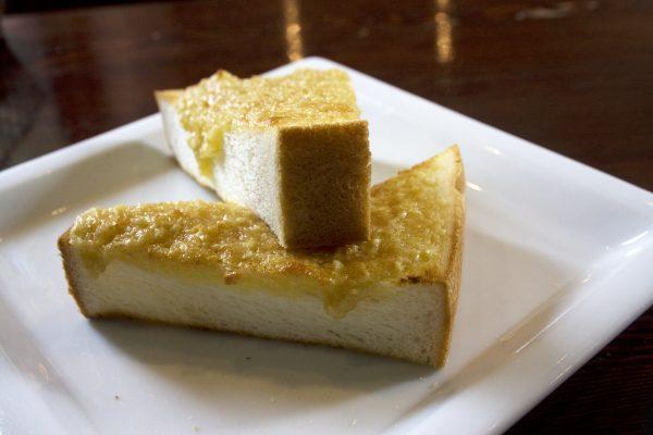 姫路のモーニング文化とアーモンドトースト