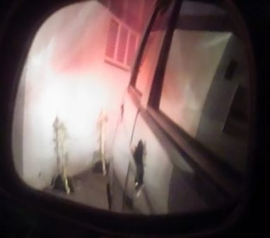 アイアンチェーンスタンド 夜の視認性