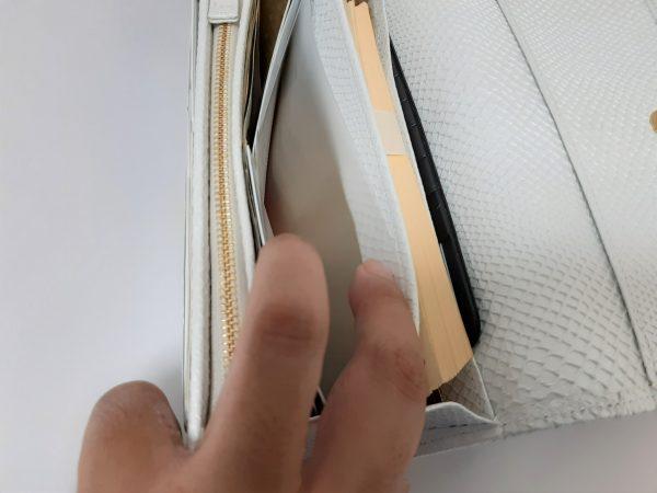 キャン★ドゥキャン★ドゥ「長財布に入るカードホルダー」収納ポケット