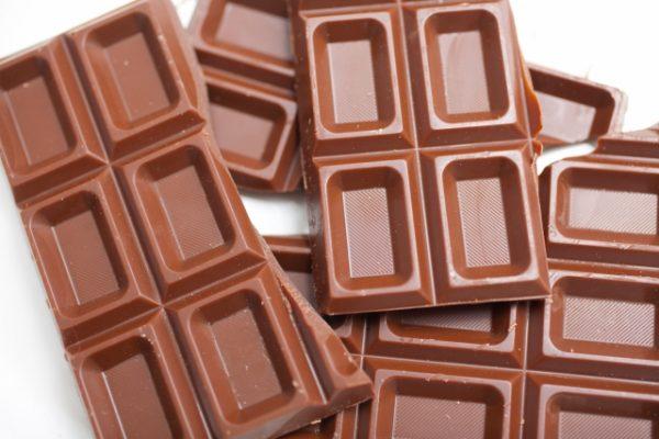 3歳未満の子供がチョコレートを食べる影響
