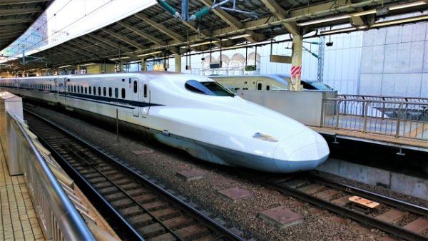 新幹線のベビーカー置き場所おすすめ3選!特大荷物は予約が必要